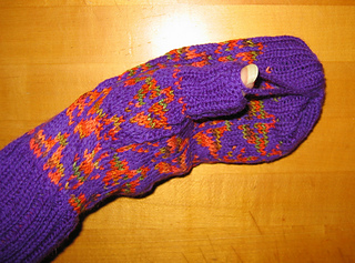 Fall_out_mitts_004_small2