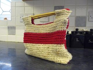 Crochet_bag_-_18th_november_2009_small2