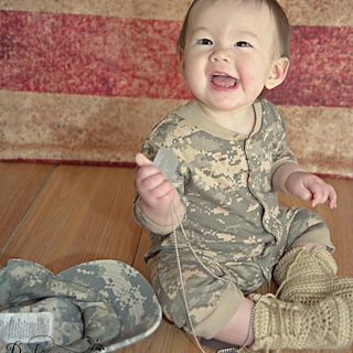 Ravelry: Baby Combat Boots pattern by Angela Bergeron