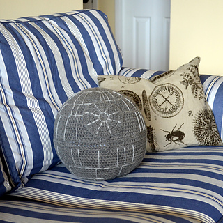 Death_star_on_couch_-_pops_de_milk_small2