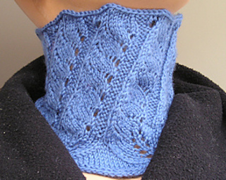 Briar_hill_cowl_mf136_-4inch_small2