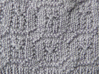 Quinn_pattern_stitch_2-300c_small2