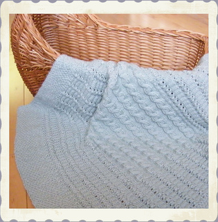 Celticchild_cuddle_up_blanket_cover2_small2