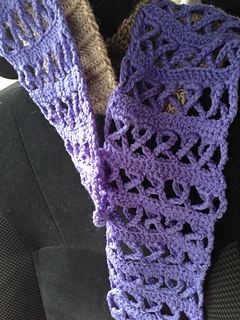 Awareness_ribbon_scarf_1_small2