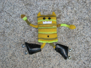 Yellowcarlskates3_small2