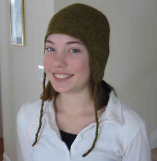 Kelly_-_hat_2_small2