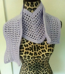Lilac_v_scarf_1_small