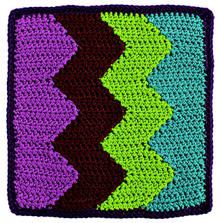 Reversible_color_crochet_-_vertical_chevrons_block_beauty_shot_small2