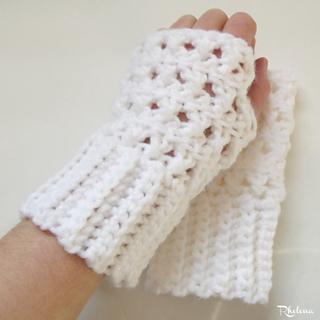 Criss-cross-fingerless-gloves-rav_small2