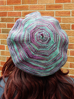 Hat-back-rav_small2