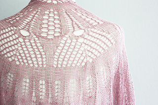 Fuchsia_shoulderdetail_small2