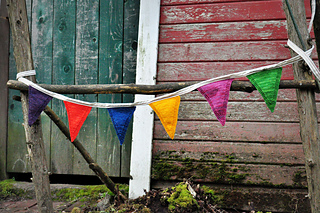 Sm_happyknits_farmstandflags-002_small2
