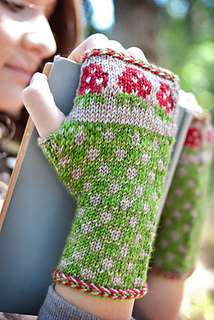 2015_knittingbee_knit_db__8__small2
