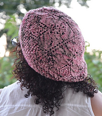 There_be_dragonflies_beaded_large_hat_07_small