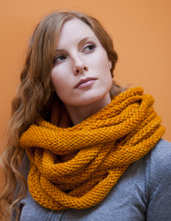 Marigoldloopscarf7_small2