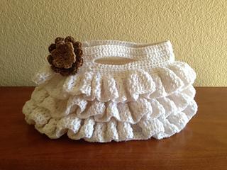 Ravelry: Bella Ruffled Bag pattern by CrochetDreamz