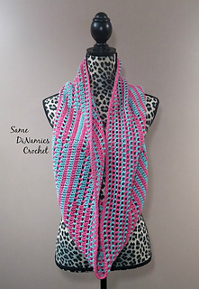 Candy_stripes_cowl_pink_and_green_long_small2