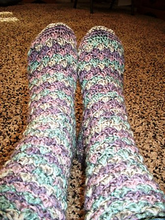 Adirondack_socks_by_patsy_harber_interweave_crochetfall_2009_small2