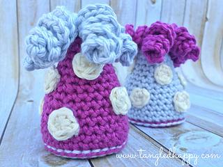 Diy_crochet_party_hat_small2