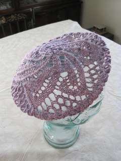 Lace_doily_beret_-_spinning_bunny_yarn_2_small2