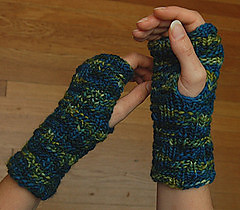 Darkside_mitts_small