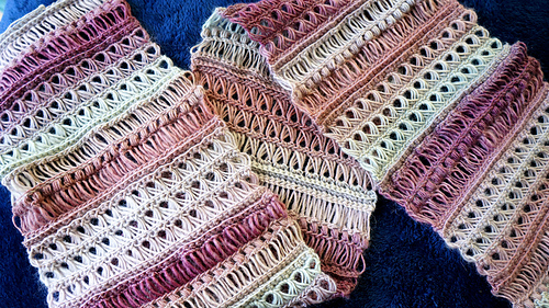 Lacy_scarf_mom_04_medium