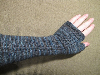 World_s_end_fingerless_gloves_picture_small2