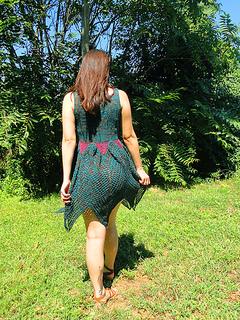 Faerie_dress_yarn_company_09_12_back_small2