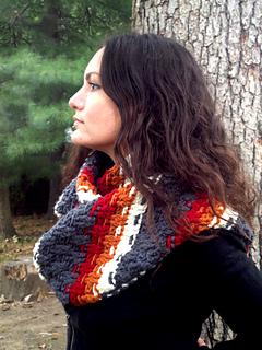 Crochet-pattern-dashing-cowl-scarf-shiri-designs-profile_small2