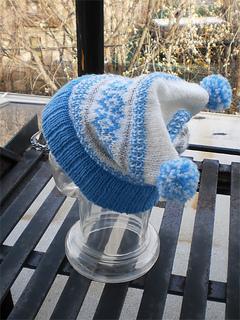 Heartwarming_hat_shiri_designs_12_2010_ski_small2