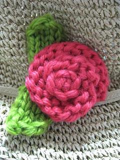 Rose_pin__simply_knitting__july_2011_small2