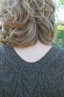 V-neck_back-2_img_8534_small2