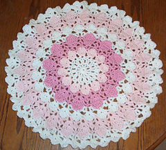 Flower_petal_doily_small