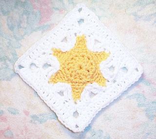 Ravelry: Star Fish Square 6x6 pattern by Donna Mason-Svara