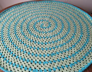 Spiral_round_granny_small2