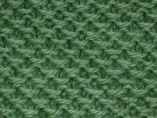Knittingpics_461_small2