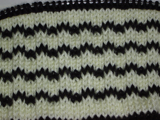 Knitty_pics_009_small2