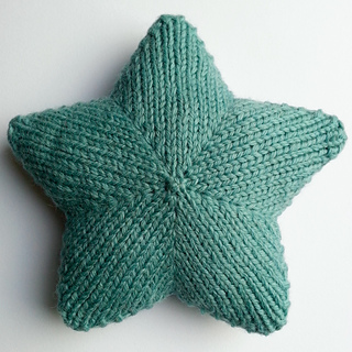 Star_tree_topper_knitted_small2