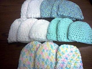 http://www.ravelry.com/patterns/library/newborn-baby-hats