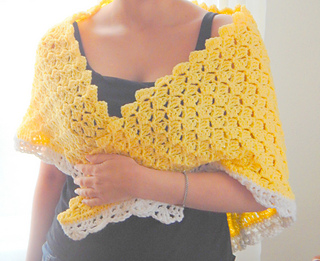 Bit_jazzier_yellow_shawl_small2