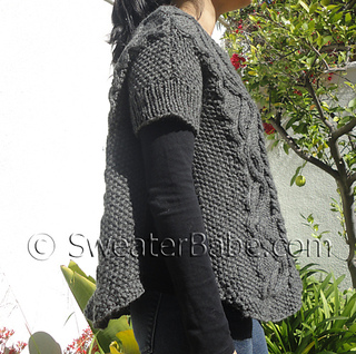 Cabled_poncho_sweater5_500_small2