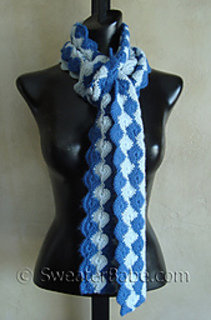 Scalloped_scarf_500_small2