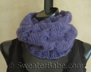 Mohair_mobius_cowl2_500_small2