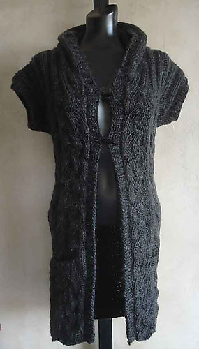 Hooded_cabled_long_vest_500_medium