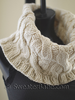 Double_cabled_cowl3_500_small2
