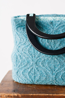 Blue_bag_small2