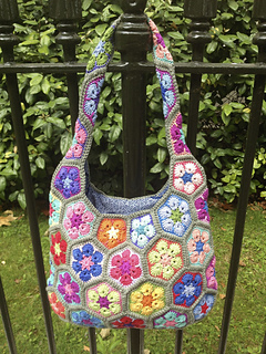 African_flower_bag_8898_small2