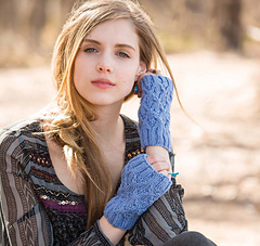 Wanderlust_-_windowpane_mitts_beauty_shot_small