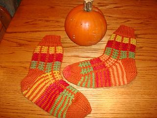 Pumpkin_socks_030_small2