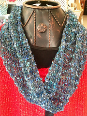 Ravelry Mobius Inside Out Cowl Pattern By The Knitting Closet